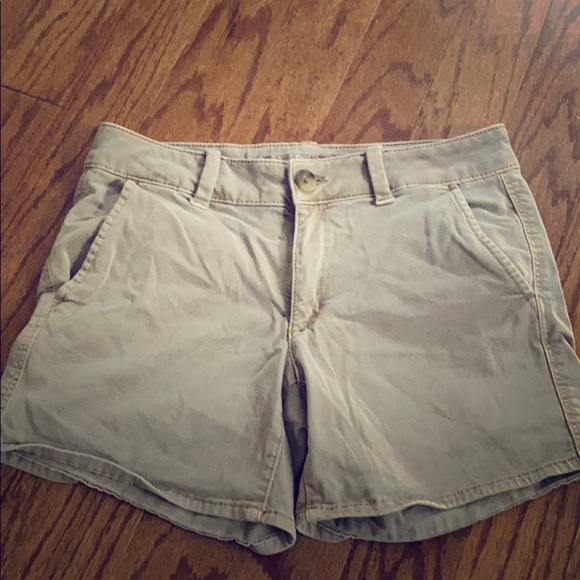 American Eagle Outfitters Pants - AE stretch khaki shorts